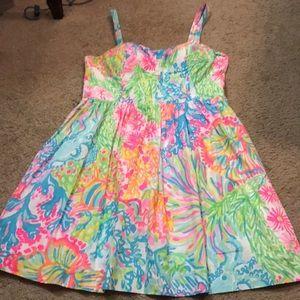 Lily Pulitzer dress size 6. Gorgeous.